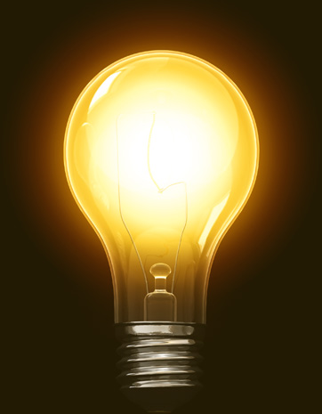 Bombilla encendida emitiendo luz