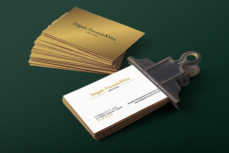 Diseño gráfico e impresión de tarjetas para Delgado Fresneda & Vera Abogados