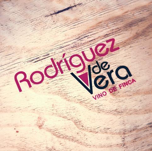Diseño gráfico Albacete, restyling de logotipo, restyling de etiqueta de vino Jumenta, diseño de packaging, diseño de tarjetas de visita, diseño de etiquetas de vino, diseño de trípticos, impresión de tarjetas de visita, impresión de trípticos para Rodríguez de Vera